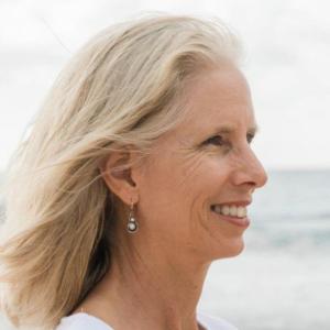 Head shot of Ellen Wolfe, Lion's Roar Board Member